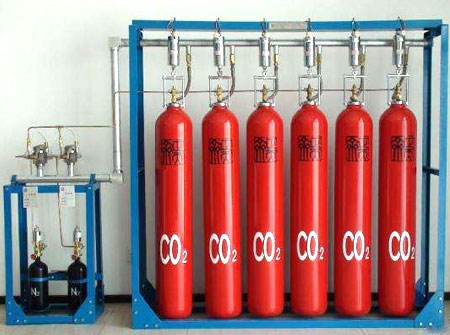 二氧化碳灭火系统